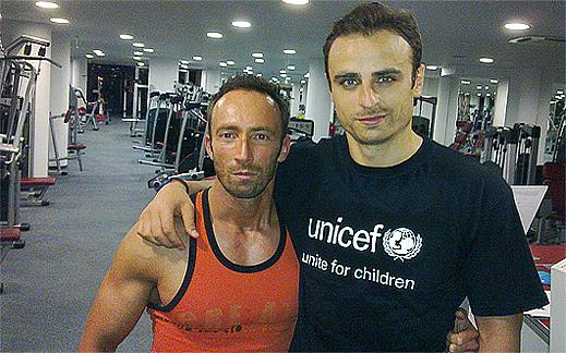 На тренировка във фитнес залата с топ футболиста Митко Бербатов!