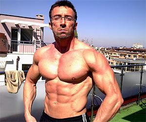 Мъжките цици са гадни и е време за Тренировка за гърди - photo#30