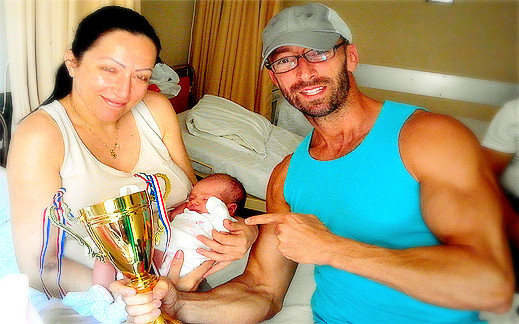 От днес съм Чичо Мартин, благодарение на Катя, Георгос и на първо място Йоана