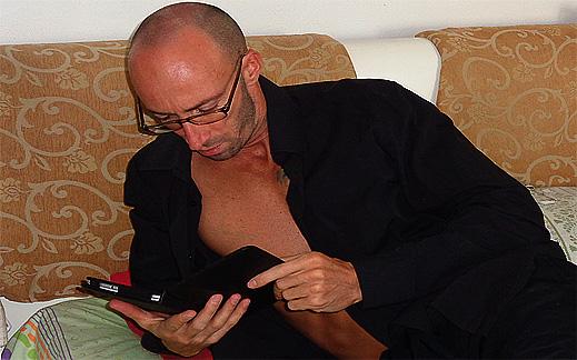 """""""Bedroom Boss"""" – ръководство за сексуален успех на съвременния мъж"""