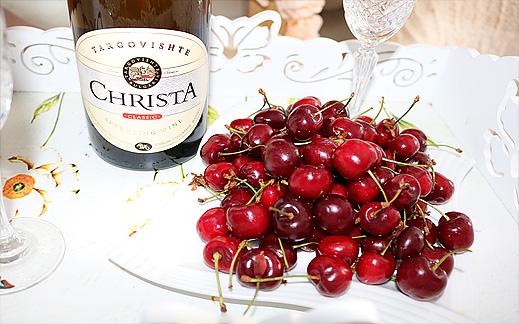 Бяло Вино с череши