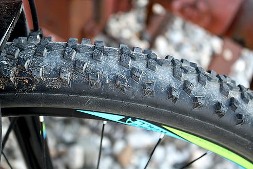 гума 29 инча за велосипед