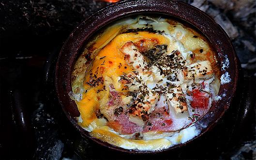рецепти с яйца - домати, сирене, яйца