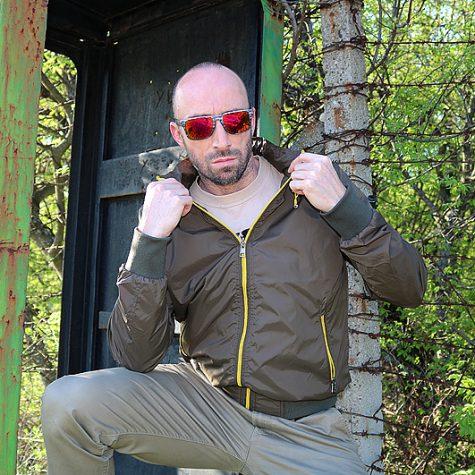 """Пролетно-лятно мъжко яке """"Tony Baker"""", За информация: +359 89 247 3802, www.red-point.bg"""