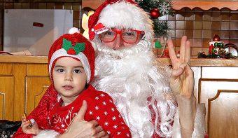 Вижте, какво е моето пожелание за вас в образа на Дядо Мраз! А вярвате ли в приказките?