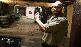 Да пострелям отново с бойни патрони след 10 години, но не с АК-5,45 (жалко)
