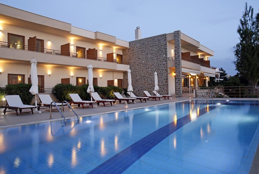 Самотраки хотел, който избрах за почивка. Виж още снимки - кликни тук!