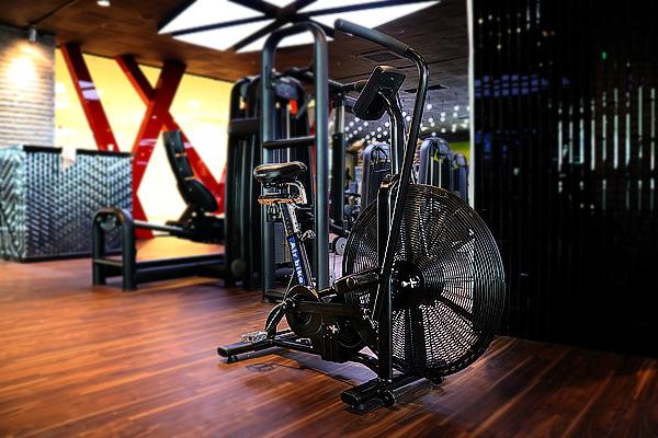 Air bike е от онези фитнес уреди, които са качествени