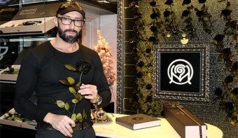 """Черна роза """"Metanoa de la Rose"""" е символ на победата на душата над егото (+ видео материал)"""
