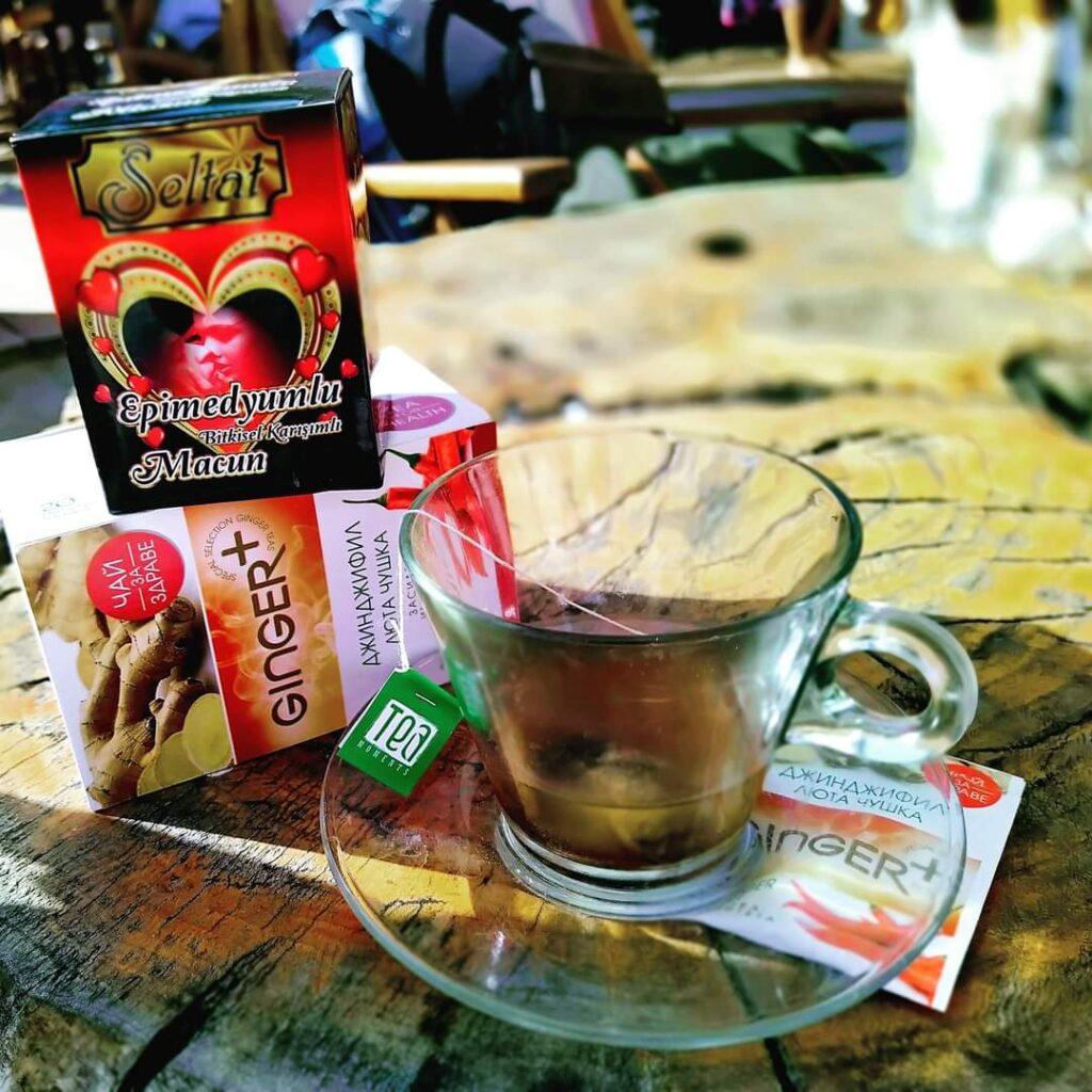 Билков чай за отслабване с джинджифил, люта чушка и епимедиум